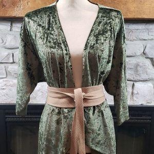 LulaRoe Elegant crushed velvet Shirley Kimono M